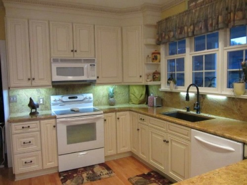 Roanoke kitchen cabinets